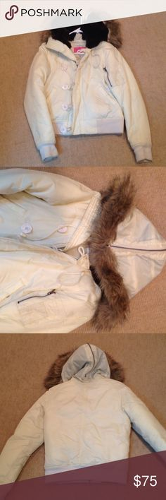 Juicy bomber with fur hood Ivory color jacket and fur hood Juicy Couture Jackets & Coats