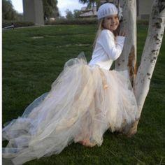 Love the bottom for flower girl dresses :)