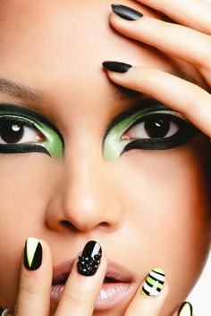 Green White Black Nails and Makeup - too extreme to really wear but looks awesome
