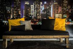 Banc rustique en bois #LesImparfaits Outdoor Sofa, Outdoor Furniture, Outdoor Decor, Home Decor, Rustic Bench, Furniture, Home Ideas, Outdoor Couch, Homemade Home Decor