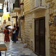 Moments in Bari  #ItalyMammaMia #MioMyItaly #like #photooftheday #italy #pugliadavedere #summer #city #foggia #sunset #beautiful #vivopuglia #apulianfood #italianfood #southernstyle #gargano #landscape #masseria #super #holiday #valleditria #travelphotography #apulien #trulli #salentodamare #monopoli #sud #pugliacom