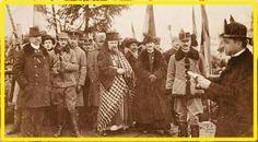 Card. Iuliu Hossu citind Declarația Unirii Transilvaniei cu România (1 dec. 1918) Romania, Pictures, Painting, Art, Photos, Art Background, Painting Art, Kunst, Paintings