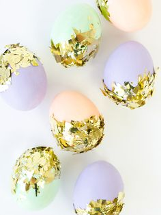 Add some extra glitz to your Easter eggs with this easy tutorial.