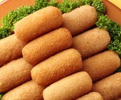 Cook croquettes with ham - Gourmand: the recipe for cooking, easy and fast, by Vie Pratique Source by bienbien Easy To Digest Foods, Vegetarian Recipes, Cooking Recipes, Food Porn, Salty Foods, Food Humor, Super Mario, Finger Foods, Food Inspiration
