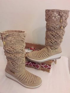 Diy Crochet, Booty, Ankle, Winter, Shoes, Fashion, Crochet Boots, Tejidos, Winter Time