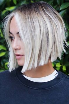 21 A Line Haircut Ideas To Fall In Love Layered A-Line Cuts Black Roots ❤ A line haircut is something you have been looking for without even knowing it. It does not matter what your preferences are – there is something for you! Layered Bob Hairstyles, Classic Hairstyles, Cute Hairstyles For Short Hair, Trending Hairstyles, Short Hair Cuts, Short Hair Styles, Blonde Bob Hairstyles, A Line Hairstyles, Celebrity Hairstyles