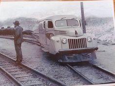 Braden Copper Co. 1946 Ford Panel Railbus at Sewel, Chile Old Steam Train, Train Times, Rail Car, Rolling Stock, Electric Locomotive, Steam Engine, Train Tracks, Training Equipment, Train Station