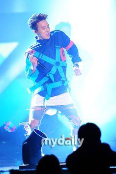 Ji Yong, Take My Breath, G Dragon, Style Icons, Rapper, Vegetarian Chicken, Singer, Noodle Soup, Concert