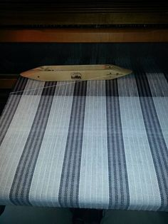 Kathryn Keyes Weaving 5 hrs · More dish towels from January 2015 Handwoven. Bockens in white and two shades of gray. Weaving Designs, Weaving Projects, Weaving Patterns, Dish Towels, Tea Towels, Striped Towels, Pattern Drafting, Weaving Techniques, Kitchen Towels