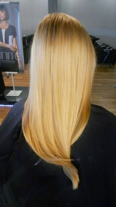 Strawberry Golden Blonde Highlighting Butter Blonde Hair, Golden Blonde Highlights, Long Hair Styles, Strawberry, Hairstyles, Beauty, Color, Haircuts, Hairdos