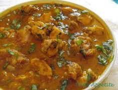 Chicken Curry: This is an Authentic Indian style curried chicken recipe. Also, t… Chicken Curry: This is an Authentic Indian style curried chicken recipe. Also, this is an all time favorite curry cooked with delic… Chicken Roti Recipe, Curry Chicken Wings Recipe, Paleo Coconut Chicken, Indian Chicken Recipes, Chicken Gravy, Easy Chicken Curry, Indian Food Recipes, Authentic Indian Chicken Curry, Authentic Indian Recipes