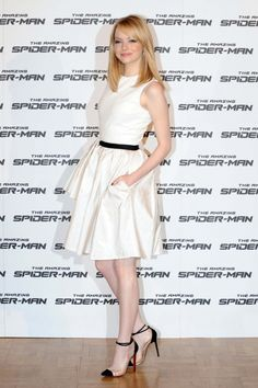 Emma Stone  Hair and flawless skin