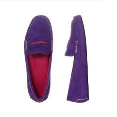 Dearfoams Weekly Slipper Giveaway WIN a pair of Pop Color Moccasin Slippers.