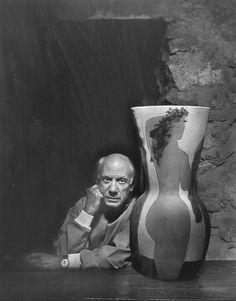 Yousuf Karsh, photographer, portrait of Pablo Picasso via G. Pablo Picasso, Art Picasso, Picasso Portraits, Famous Photographers, Portrait Photographers, Claude Monet, Andy Warhol, Famous Artists, Great Artists