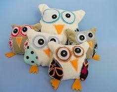 Need a quick gift or accent piece? Check out Cecilia Jorcin's Kooky Stuffed Owl tutorial. Homemade stuffed owl patterns are a great way to save money and add a personal touch to a gift.