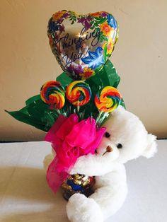 Details about Teddy Bear with Glass Vase and Suckers Gift Bouquet Get Well/Thinking of you Teddybär mit Glasvase und Suckers Geschenkstrauß . Candy Bouquet Diy, Valentine Bouquet, Gift Bouquet, Valentines Day Baskets, Valentine Crafts, Bear Valentines, Valentine Decorations, Craft Gifts, Diy Gifts