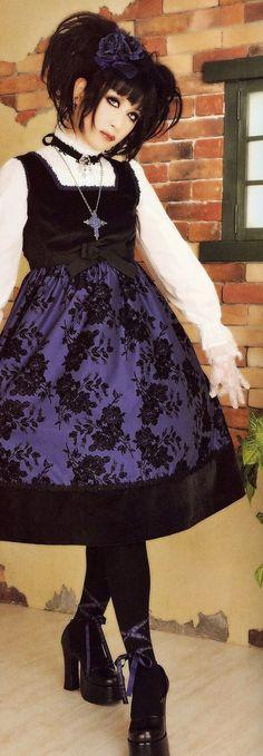 Mana is so pretty! #Lolita #Gothic