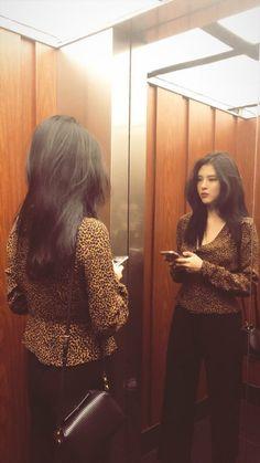 India Fashion, Girl Fashion, Fashion Outfits, Korea Fashion, Japan Fashion, Celebrity Dresses, Celebrity Style, Asian Woman, Asian Girl