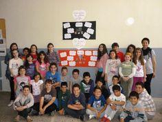 7ο Δημοτικό Σχολείο Χίου Οι μαθητές της Ε' τάξης. Οι δασκάλες τους μοιράστηκαν μαζί μας ότι είναι ένα θέμα που μας άγγιξε την καρδιά και την ψυχή μας. Μας δίδαξε ότι η παρουσία των δασκάλων είναι απαραίτητη για την εκπαίδευση αυτών των παιδιών. Photo Wall, Photograph