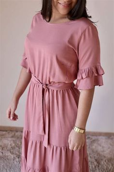 Salwar Designs, Frock Design, Fashion Outfits, Womens Fashion, Frocks, Cold Shoulder Dress, Gowns, My Style, How To Wear