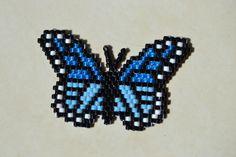 blue butterfly papillon bleu en brik stitch