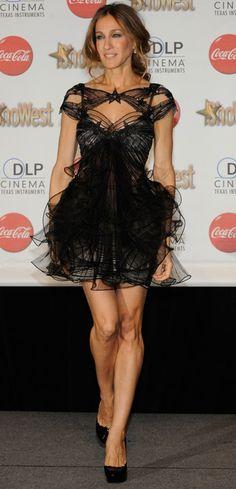 black dress --- Sarah Jessica Parker - SATC - Carrie Bradshaw - set - sex and the city