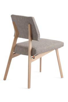 LINDSAY UNI H47 -A, inspiration scandinave. Une chaise qui joue clairement sur les codes du design scandinave tout en laissant place à votre créativité.