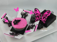 Jinky's Crafts & Designs: Cupcake Exploding Boxes & Bags