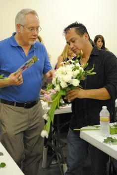 """@J Schwanke's Hands-on Workshops are truly """"hands-on!""""  J gives time, tips and personal attention to attendees of his floral design workshops.  Find out how you can """"Spend a Day with J"""" at one of his workshops or LIVE Events...http://ubloom.com/j/schedule/"""