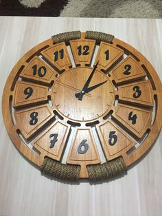Wooden Art, Wooden Walls, Wood Wall Art, Bamboo Lamp, Wall Watch, Woodworking Inspiration, Wall Clock Design, Diy Clock, Wood Display