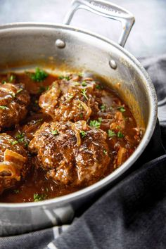 Need a quick and easy classic dinner? This recipe for Salisbury Steak and Bacon Sauce is a great twist on a classic meal! The bacon sauce is ahhhmazing and who doesn't like a good Salisbury Steak?