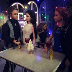 Holiday Doll Party!!!