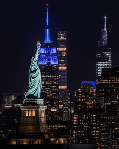 Blues Clues Host, Tower Light, Turn Blue, 25th Anniversary, Empire State Building, Light Up, Statue Of Liberty, New York City, Things That Bounce