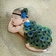 36 Ideas Photography Ideas Kids Baby So Cute For 2019 Cute Baby Boy, Cute Kids, Cute Babies, Newborn Baby Photography, Children Photography, Photography Ideas, Peacock Baby, Book Bebe, Monthly Baby Photos