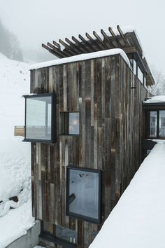 Hotel Wiesergut in Hinterglemm, Austria. . Architect: Gogl Architekten. Photo: Mario Webhofer