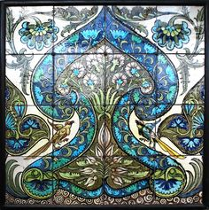 Floral Ogee Tile Panel, by William De Morgan, 1872-1907.