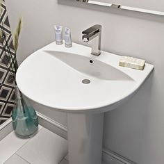 Choose Tap Square Close Coupled Toilet and Square Cloakroom Basin With Tap