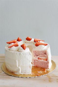 Strawberry Cloud Cake