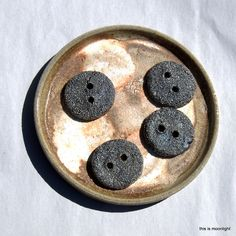 West australian buttons clay