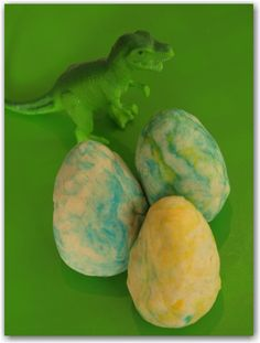 Play Dough Dinosaur Eggs - Here Come the Girls | Here Come the Girls
