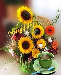 Joelle, Autumn Art, Good Morning, Projects To Try, My Favorite Things, Plants, Pictures, Den, Be Nice