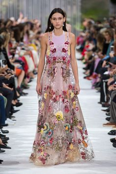 b7ceaa062e448 The Valentino Spring 2018 Collection Brought Glamour to Functional Fashion