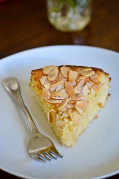 BLISS - blissful eats with tina jeffers: Lemon, ricotta and almond flourlesscake