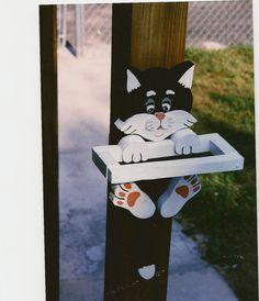 Mangeoire chat en bois personnalisée à la main par tomscraftcastle