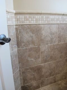 Tile Around Bathtub Surround | Close Up Of The Chair Rail (travertine Ogee  Molding,