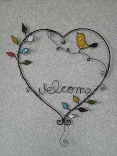 Wire and deco paper- Draht und deco Papier Wire and deco paper - Nail Polish Flowers, Nail Polish Crafts, Nail Polish Art, Wire Crafts, Bead Crafts, Diy And Crafts, Arts And Crafts, Wire Wrapped Jewelry, Wire Jewelry