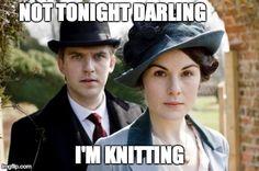 тем, кто вяжет под сериалы, посвящается: ru_knitting