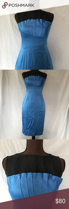 """Stunning Blue Kay Unger Cocktail Stress Delicious blue, this Kay Unger dress is topped with black silk. It is in excellent condition - no stains, no tears - and is ready for a night out. The body is a man-made blend and this is dry-clean only. From shoulder to hem this measures 36"""" and across the chest 16"""". Kay Unger Dresses Midi"""