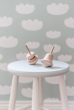 Cute wallpaper from Firm living to the smallest.
