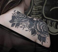Tatuagem de flores: 64 ideias lindas para tatuar